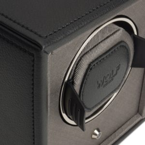 Wolf Cub Watch Winder in black