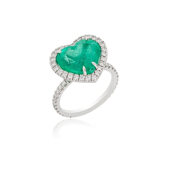 18ct white gold heart cut emerald and diamond ring