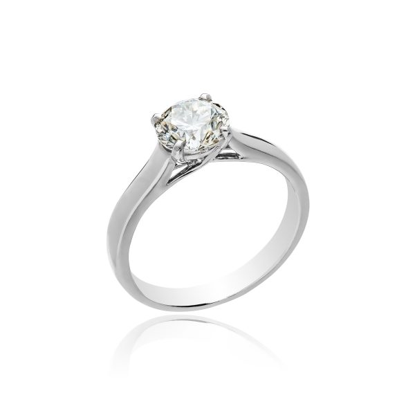 18ct White gold brilliant cut diamond ring.