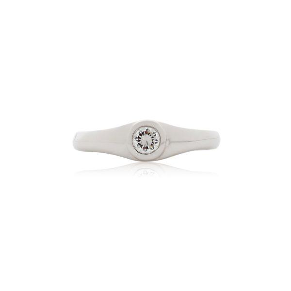 18ct White gold brilliant cut rubover setting diamond
