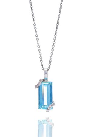 18ct White gold emerald cut aquamarine and diamond set pendant