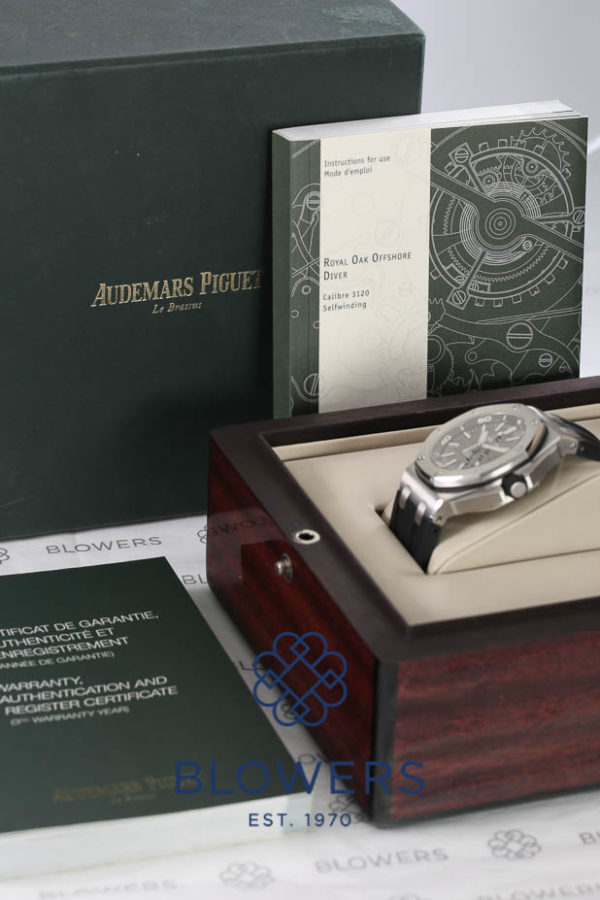Audemars Piguet Royal Oak Offshore Diver Ref: 15703ST.OO.A002CA.01