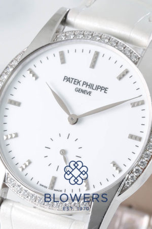 Patek Philippe Ladies' Calatrava wristwatch (ref. 7122/200G-001)