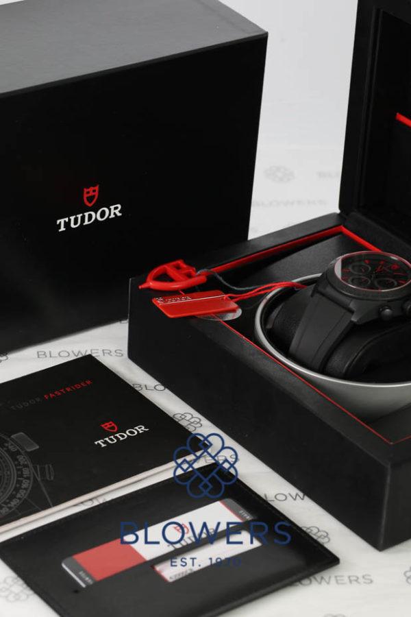Tudor Heritage Fastrider 42000CR