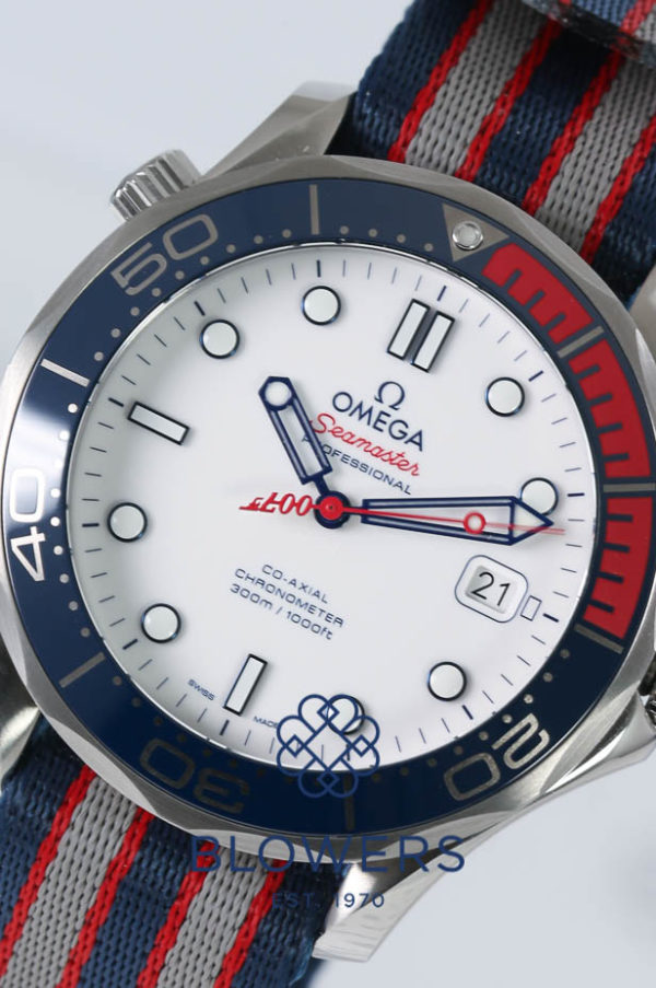 Omega Seamaster Diver 300M Commander's Watch 212.32.41.20.04.001